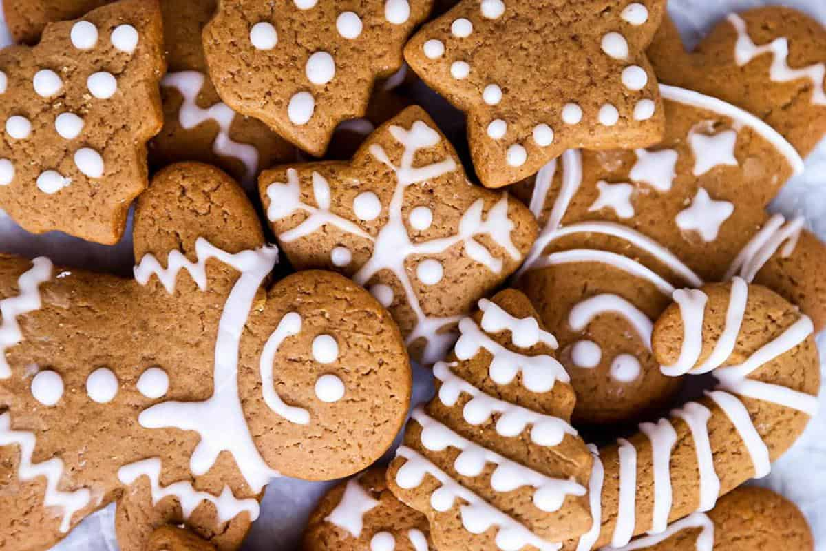 The Perfect Soft Gingerbread Cookies Easy Recipe Savory Nothings