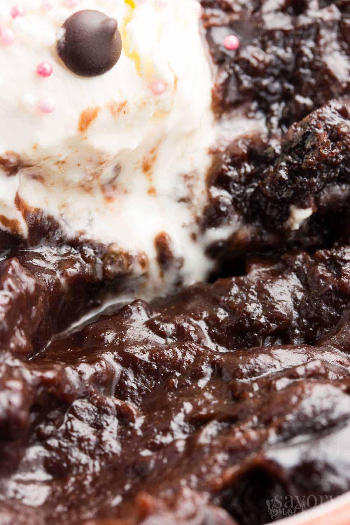 No Bowl Slow Cooker Chocolate Pudding Cake Recipe