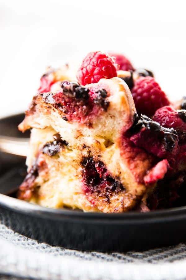 Crockpot Raspberry Chocolate Chip French Toast Casserole