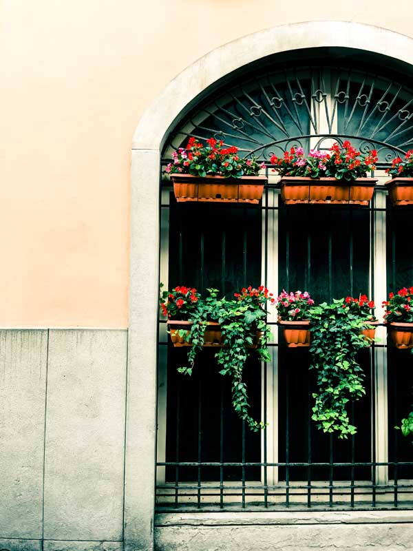 Citta Alta and Citta Bassa of Bergamo, Italy both have beautiful architecture and hidden sights to explore on foot.