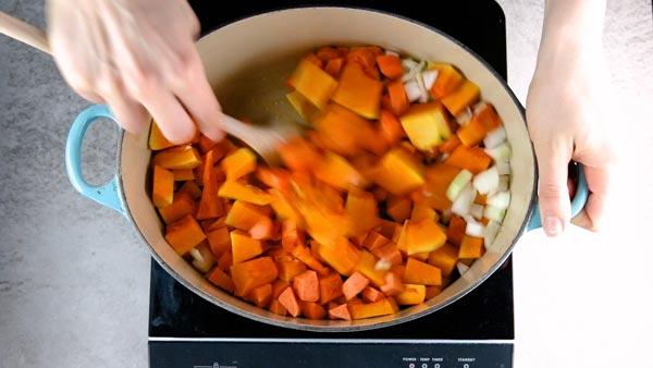 Roasting pumpkin, sweet potato, carrot and onion for an easy pumpkin soup.