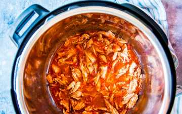 salsa chicken in an instant pot