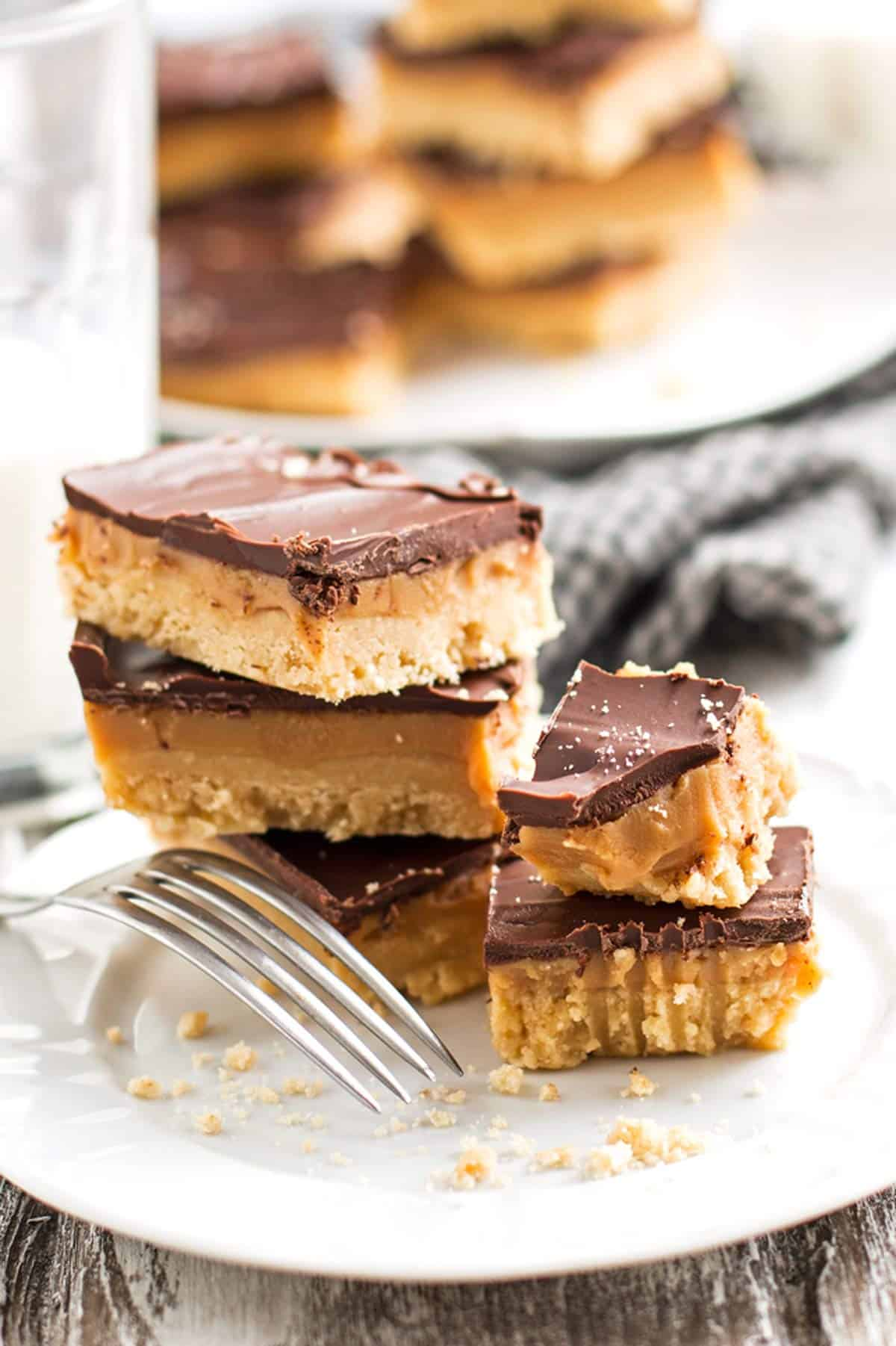 white plate with fork and shortbread bars